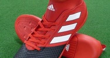 4 پیشنهاد برنا اسپرت برای بهترین کفش فوتسال براساس قیمت